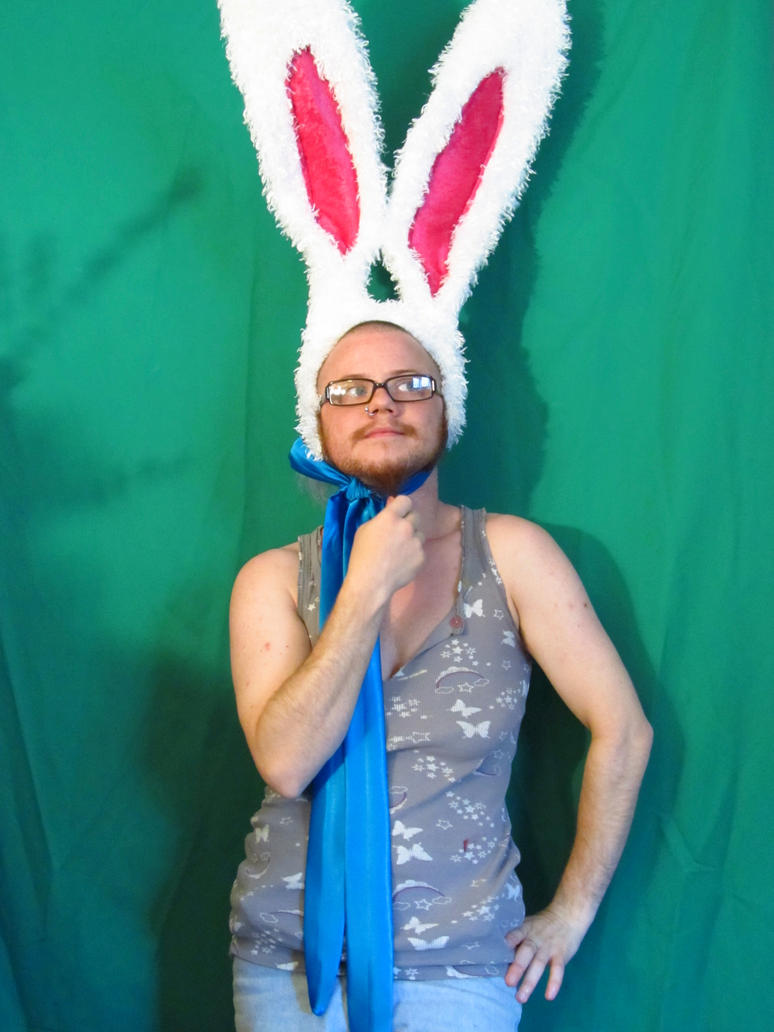 giant_bunny_ears_by_ldoriginals-d58wg3w.