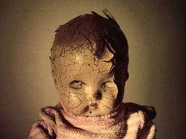 Scary Doll by wetfish