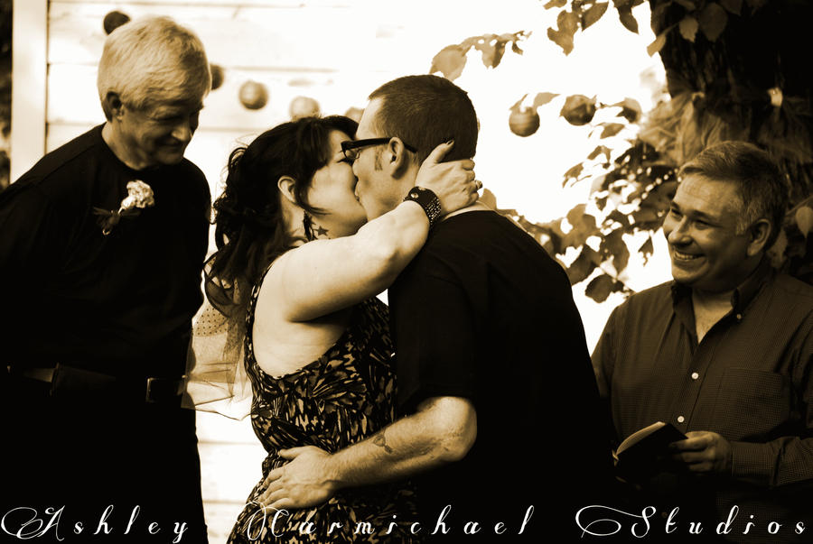 The Kiss by AO-Photography