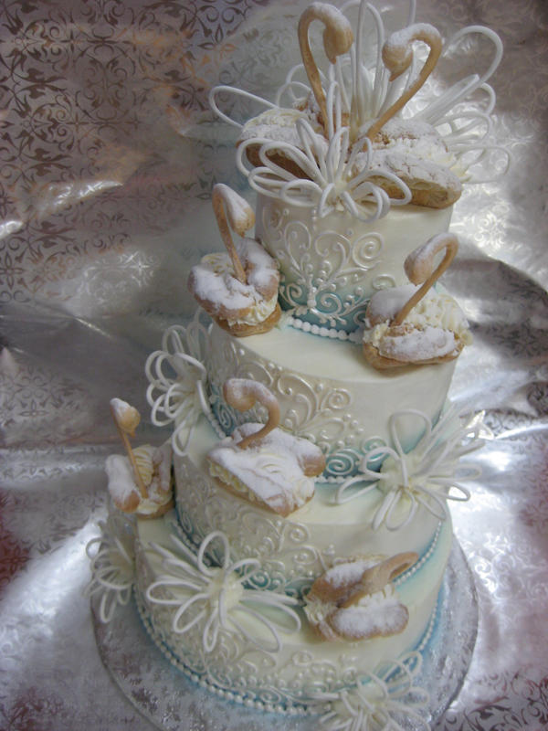 swan wedding cake swans and swirls wedding cake by forgetmmenot on deviantart 20670