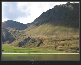 Tom's Lake by Crooty