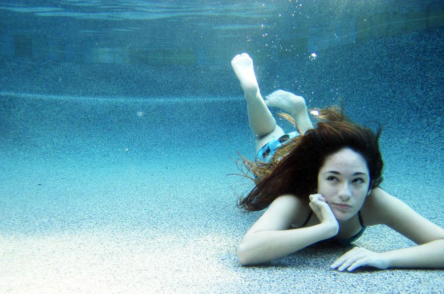 Ecrire un tutoriel pour le blog Underwater_8315_by_hyuuchiha_girl-d4896d2