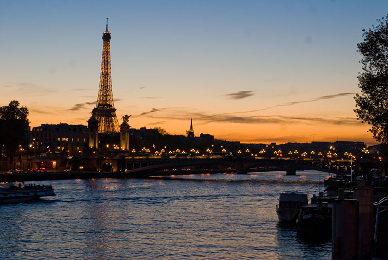 Paris by sunset by StefanyKK