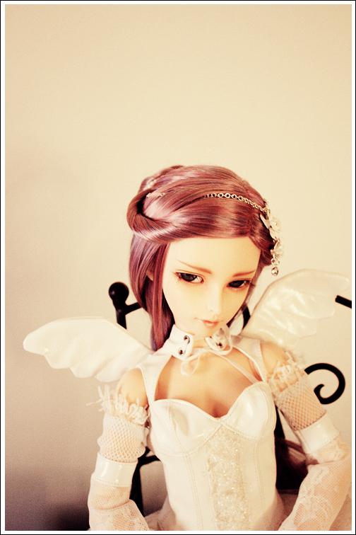 Angel On My Shoulder by accusingsaturn