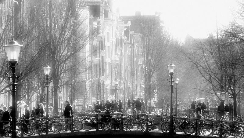 Amsterdam hustle and bustle by JacqChristiaan
