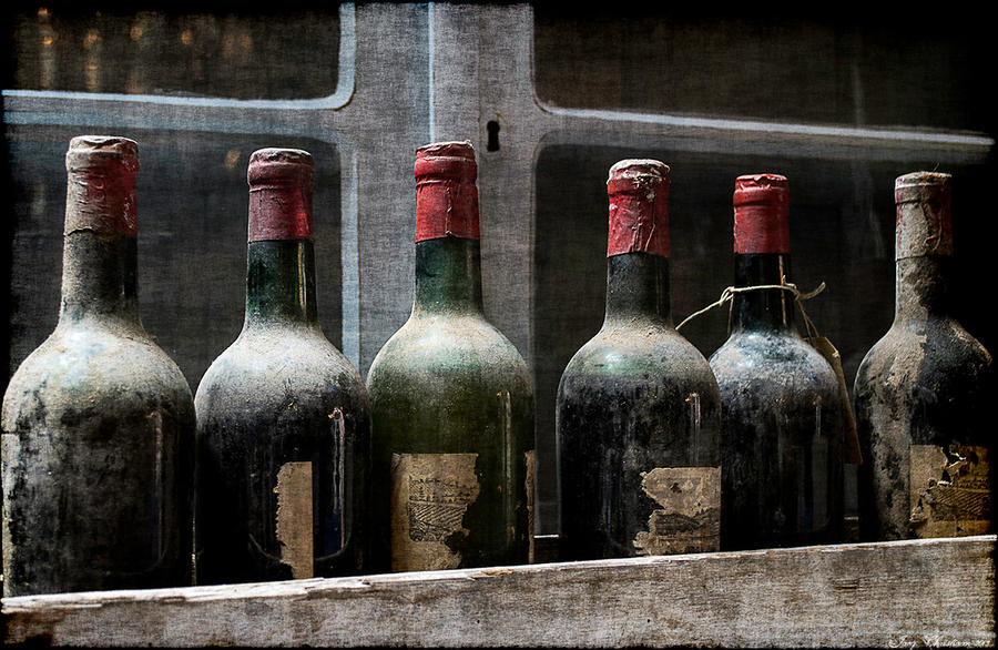 Old wine by jacqchristiaan on deviantart for What to make with old wine bottles