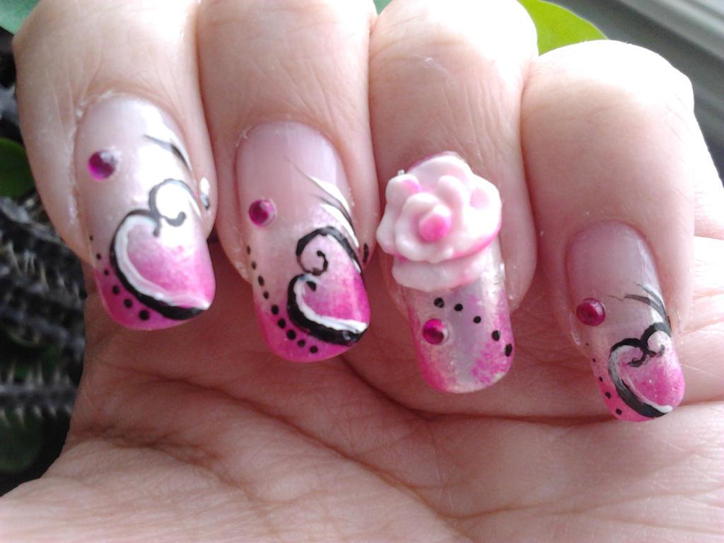 Romantic Nail Art Valentines Day By Bbycashflow On Deviantart