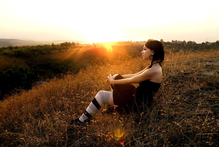 Izrazite svoja osecanja slikom - Page 2 Sun_of_midnight_by_mssaintbloodypierce-d4gjdoc