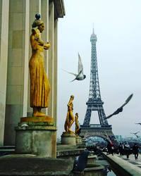 Trocadero, Paris  by Monomakh
