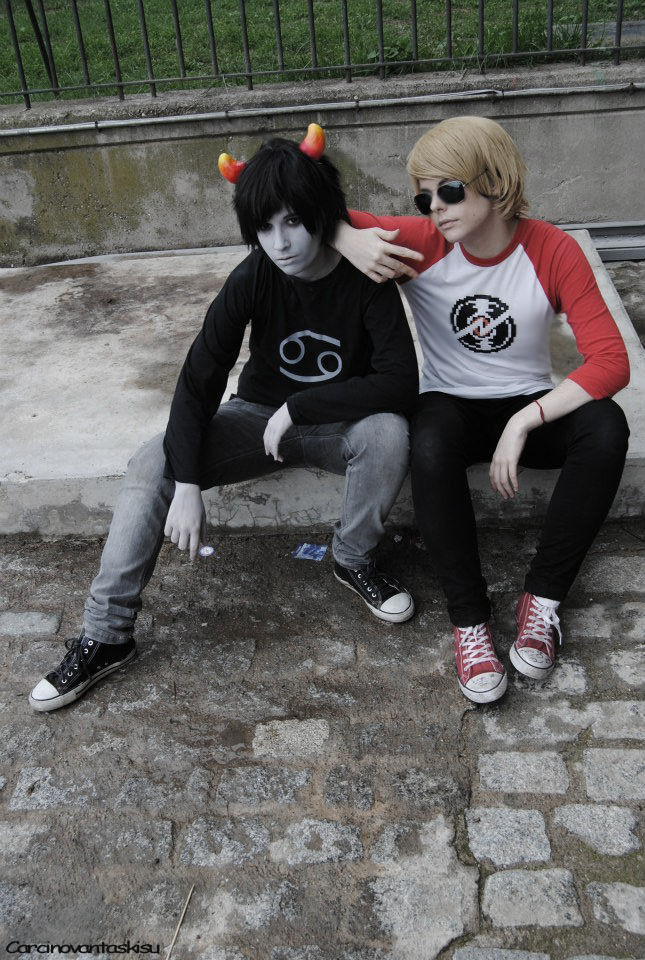 Kissmesis(? @HOMESTUCK by CarcinoVantasKisu