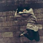 la pared, el viento y ella.