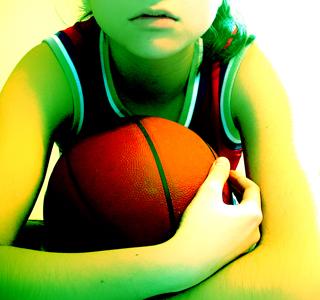 Basketball by framerunneryume