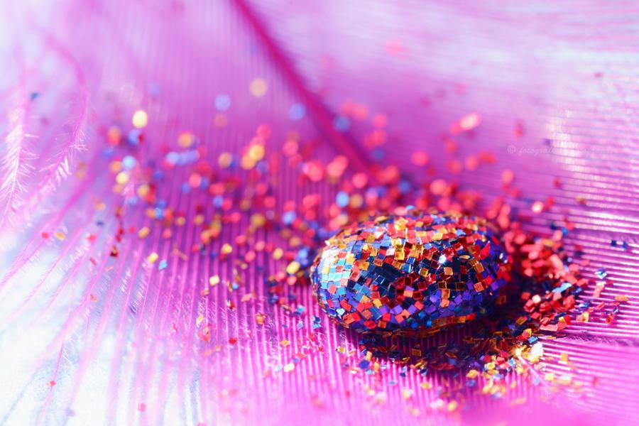 Glitter's drop by fotografka