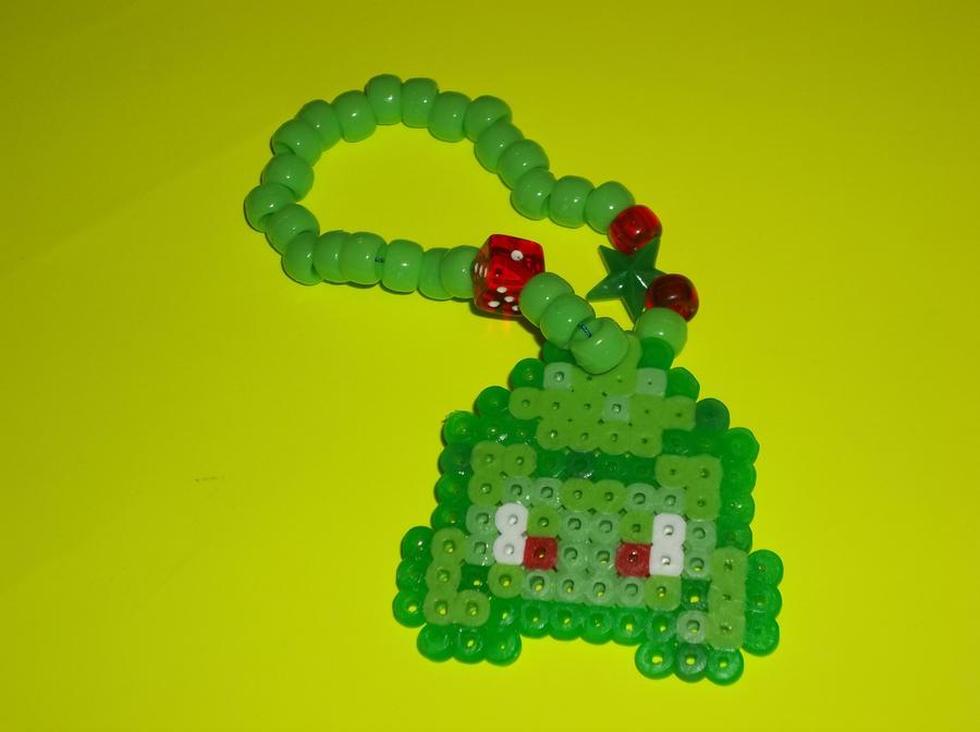 8-bit Bulbasaur kandi. by Satsuki-Yuki