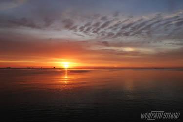 Day-break at Baltic Sea by Dark-Lioncourt