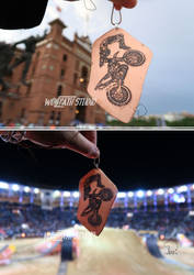 Handcrafted FMX pendant at FMX show by Dark-Lioncourt