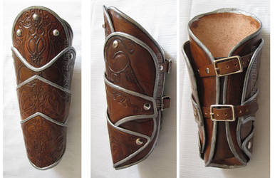 AC Revelations vambrace by fevereon