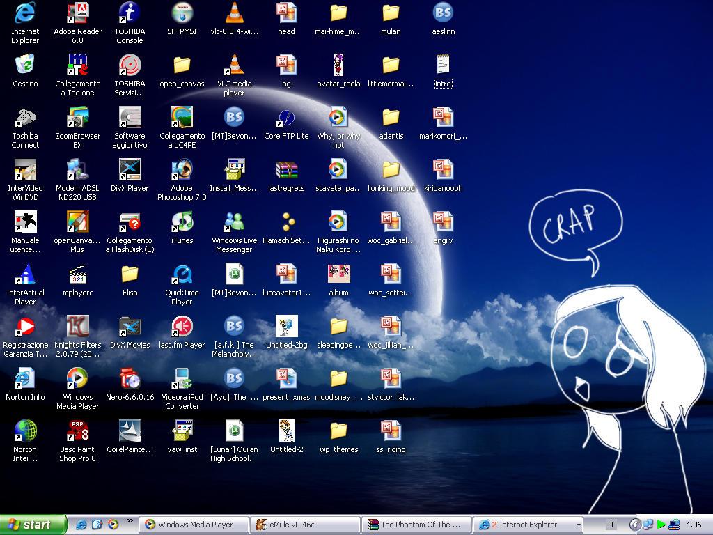 Desktop Mess by Irlanda86