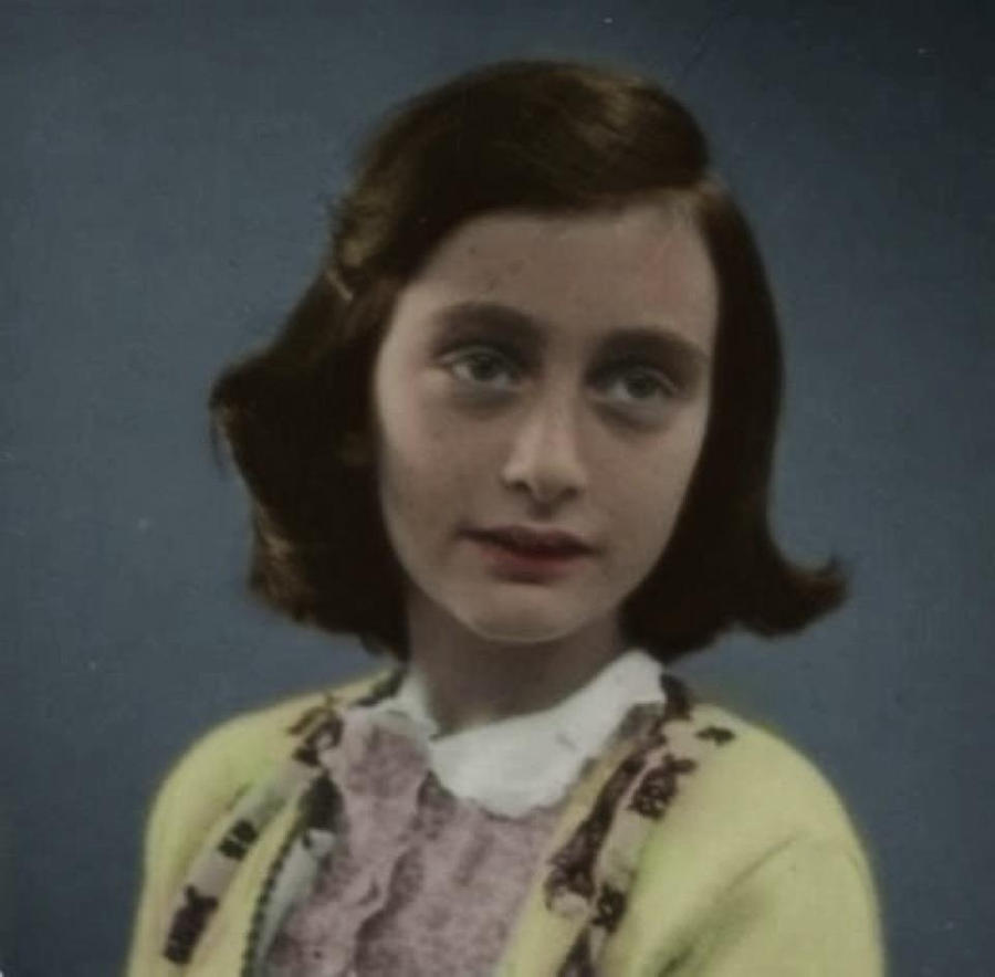 a biography of the life and times of anne frank from germany