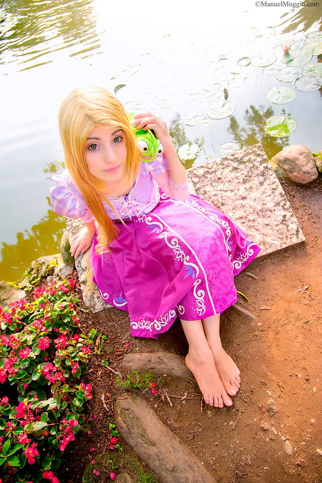 Rapunzel and Pascal by HarukoHosokawa