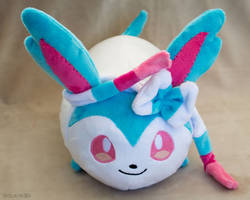 Commission Shiny Sylveon Roll