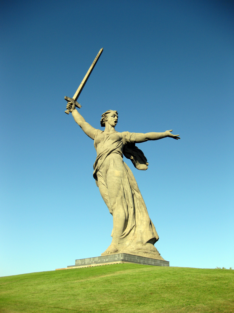 The_Motherland_Calls_by_Dimies.jpg