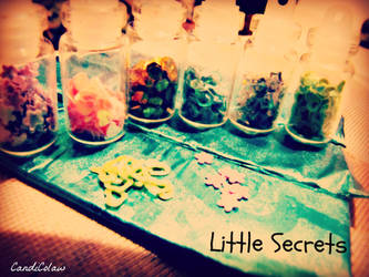 Little .::.:.::. Secrets by xF0rtySixAndTwox
