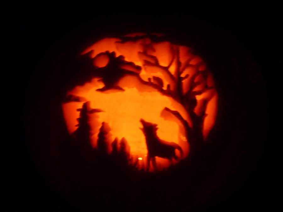 Wolf at night Pumpkin by GTracerRens on DeviantArt