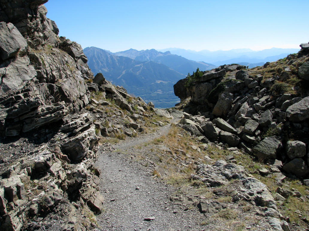 http://th02.deviantart.net/fs71/PRE/f/2013/054/3/8/mountain_300___path_in_rocks_by_momotte2stocks-d5vy3d7.jpg