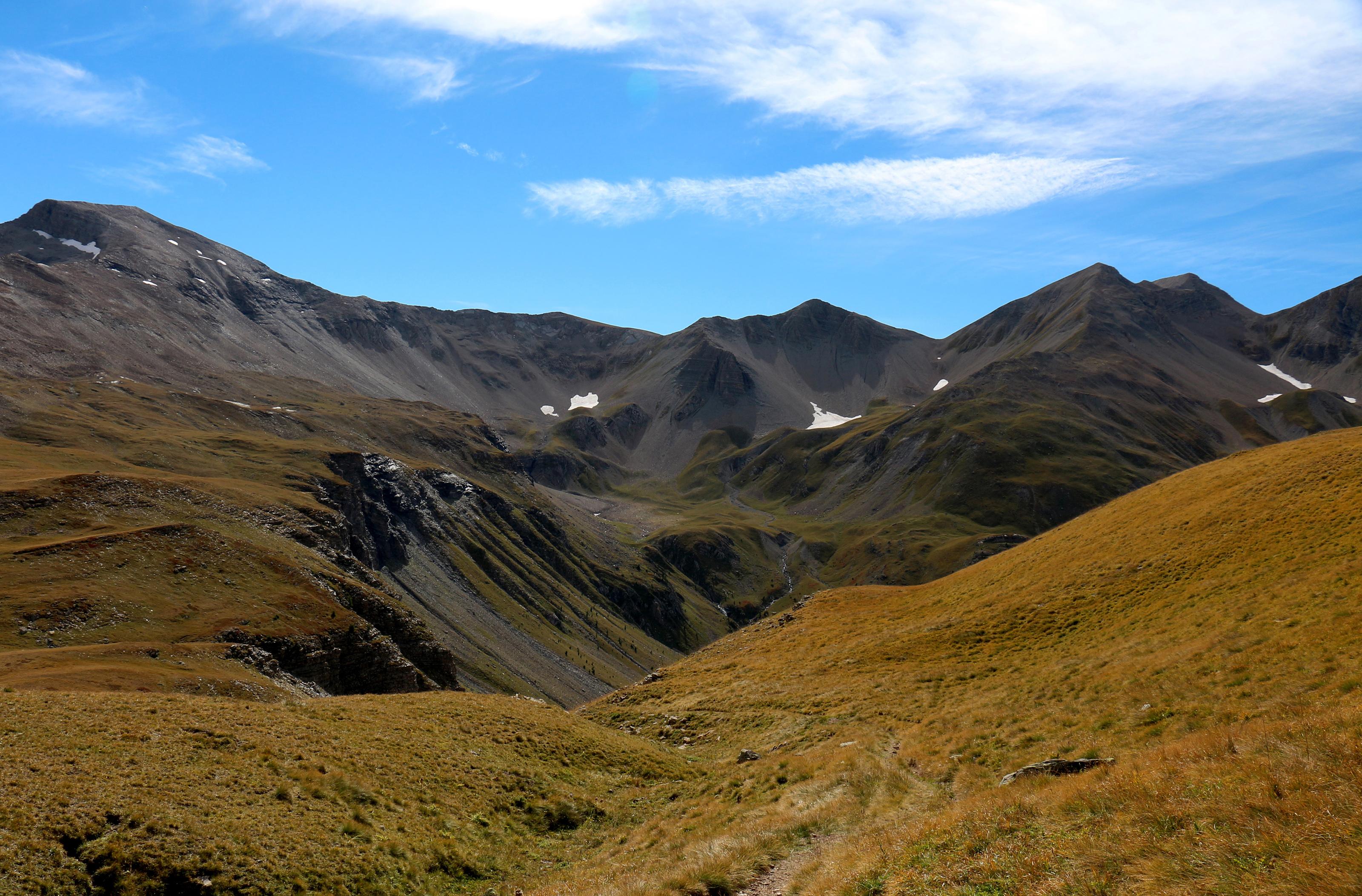 Mountain 338 - paradisiac place by Momotte2stocks
