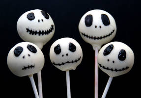 Jack Skellington Cake Pops by keriwgd