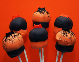 Halloween Cupcake Pops by keriwgd