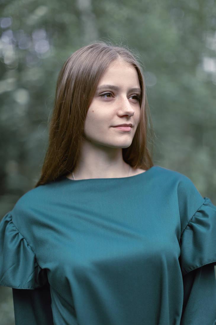 Nadezhda by werewolf-dol