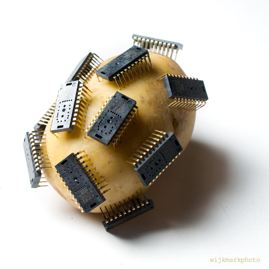 Potato chips by DRIVINGYOU