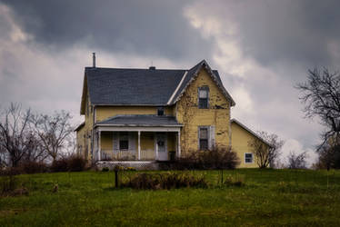 An Old Abandoned House, Eastern Ontario by Nini1965