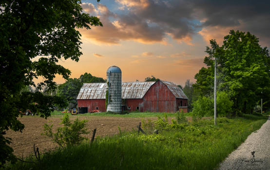 An Old Red Wooden Barn in Eastern Ontario