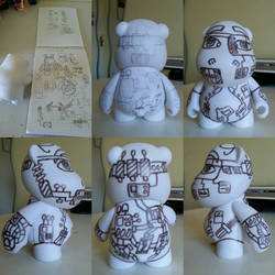Mad scientist /techie munny process  by Queensone