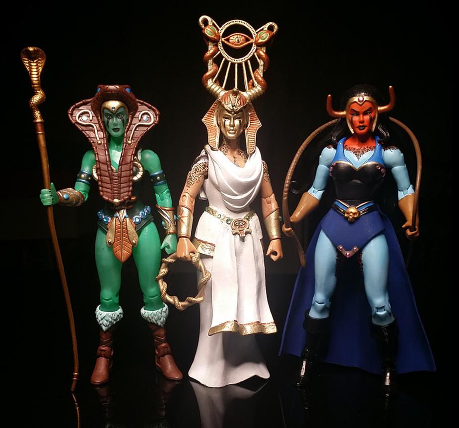 Wives of King Hsss by wardog-zero