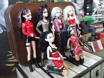 'The Dolls' - OOAK commission in progress by LisaScullard