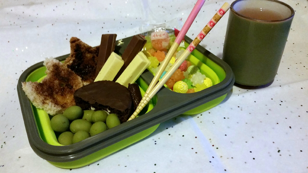 Contest Entry: Sweets Bento by WanNyan