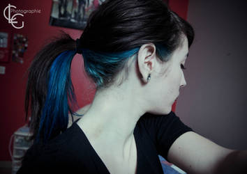 Blue hair by ClaraLG