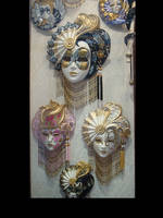 Maskere by Flore-stock