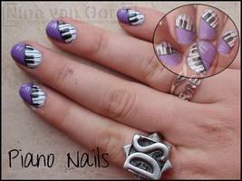 piano nails by Ninails