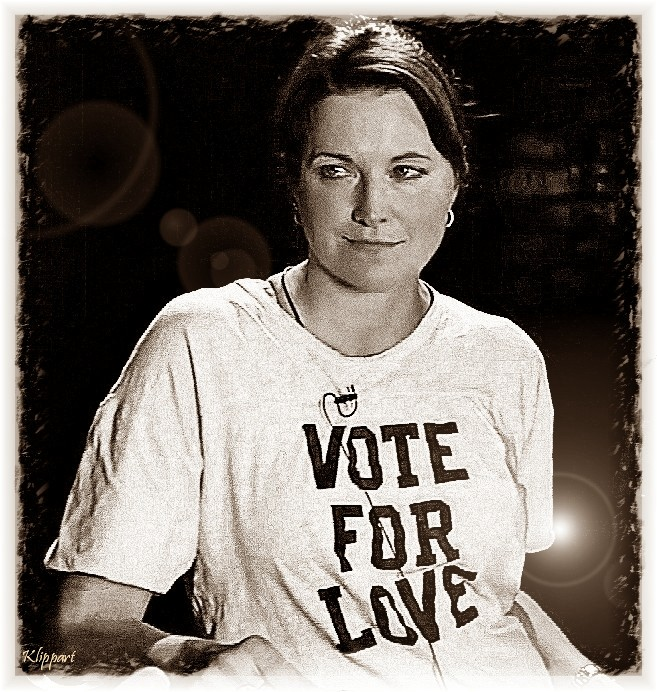 Vote For Love - Lucy Lawless by ARTbyKLIPP