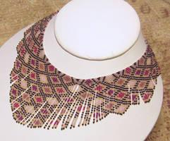 Helmineitsyt 1.1 beaded necklace by AxmxZ