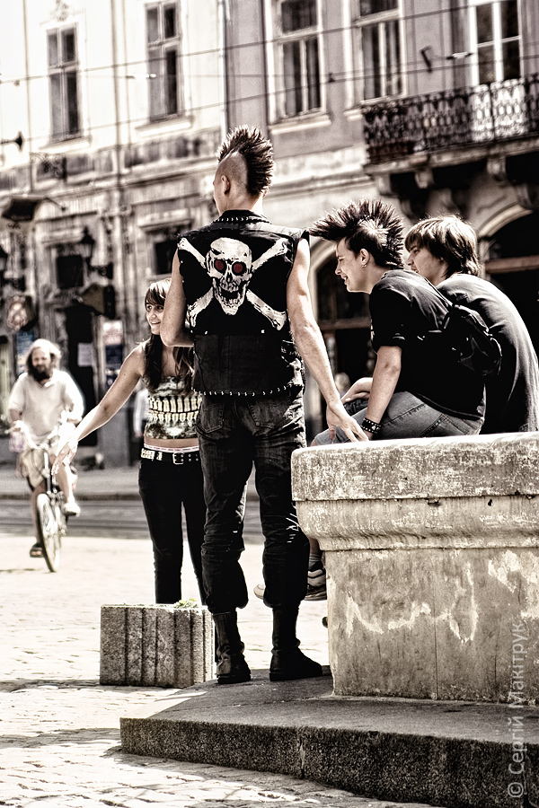 Punks by Palanteer