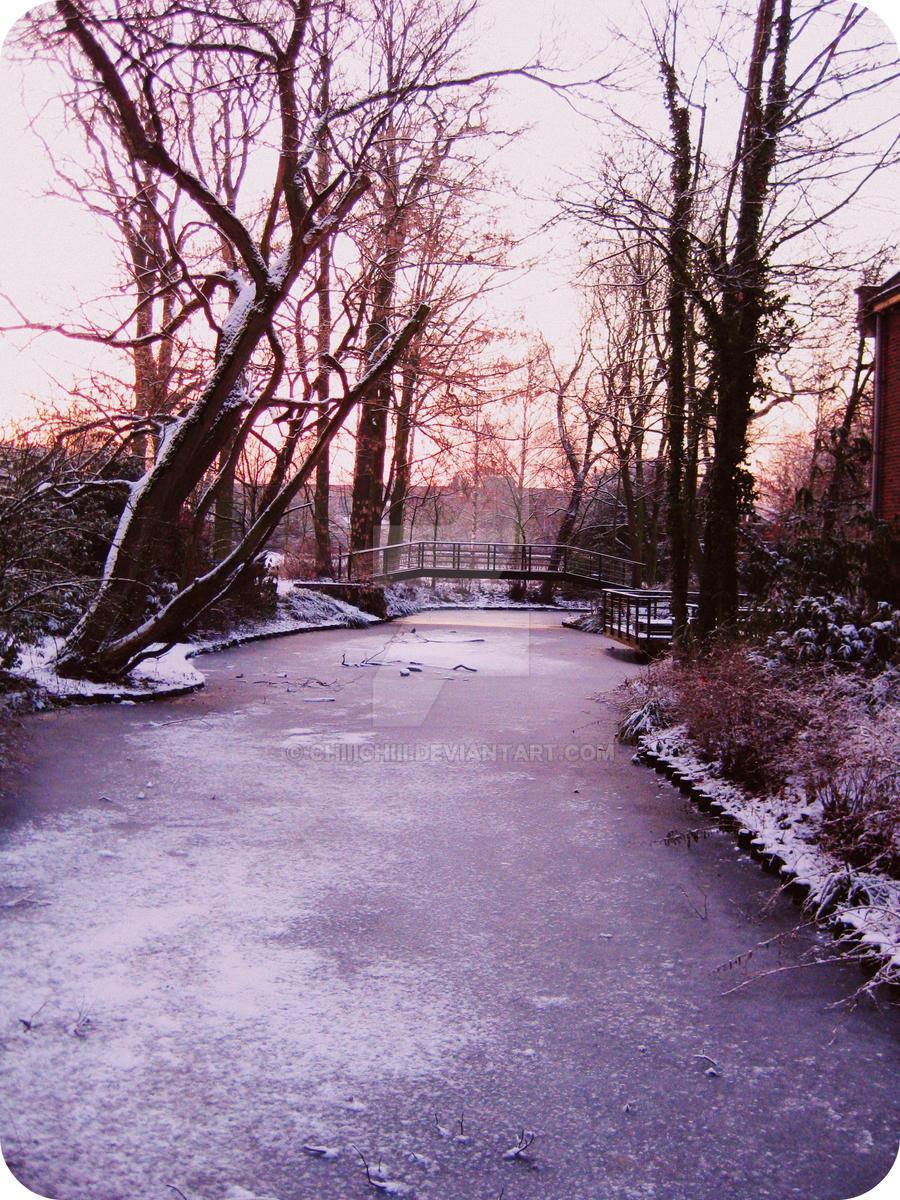 winter tree 2 by Chiiichiii