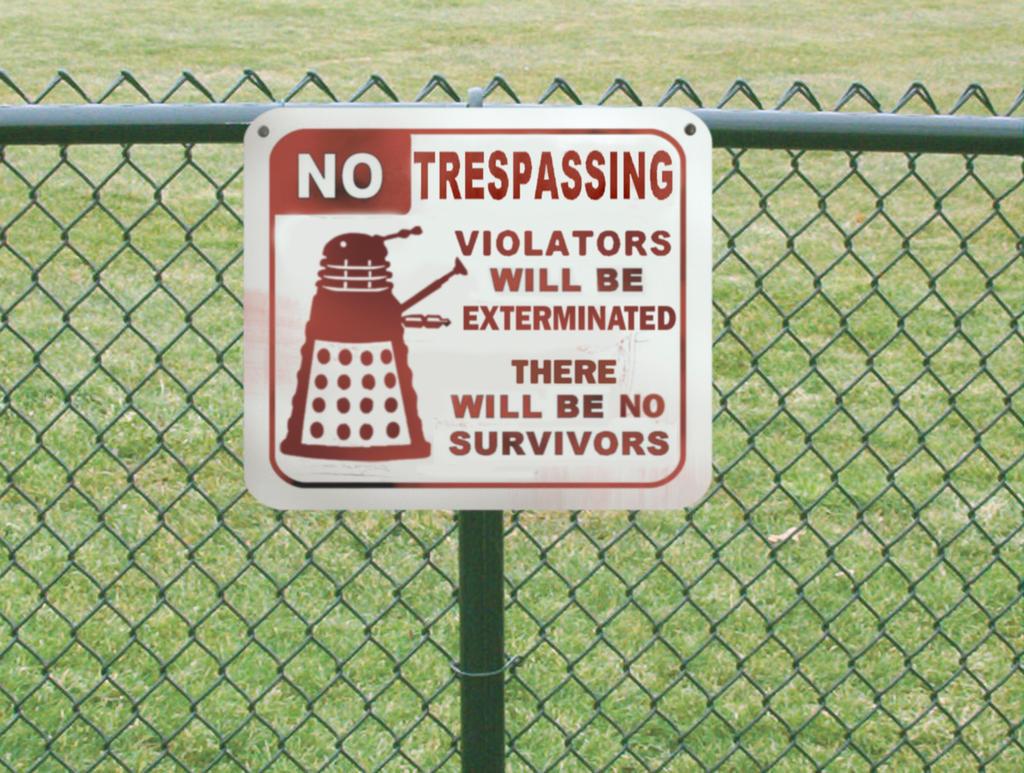 Dalek on Duty by pippin1178