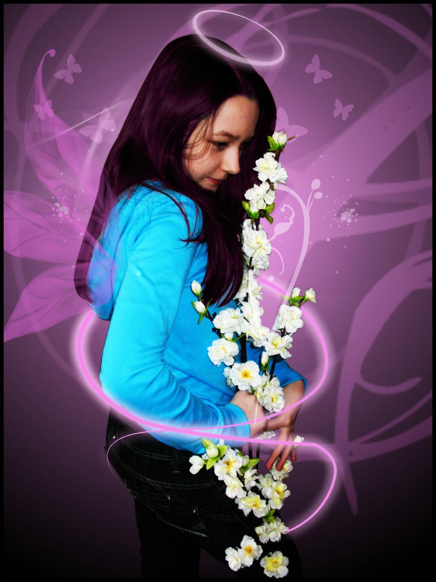 http://fc05.deviantart.com/fs51/i/2009/288/1/9/Flower_angel_by_StarWay_aka_Gisele.jpg