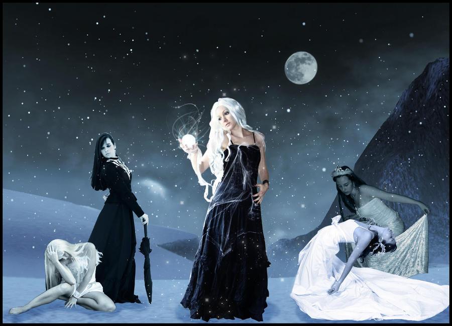 http://fc05.deviantart.com/fs51/i/2009/297/b/b/Frozen_by_StarWay_aka_Gisele.jpg